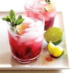 blackberry pineapple mojito